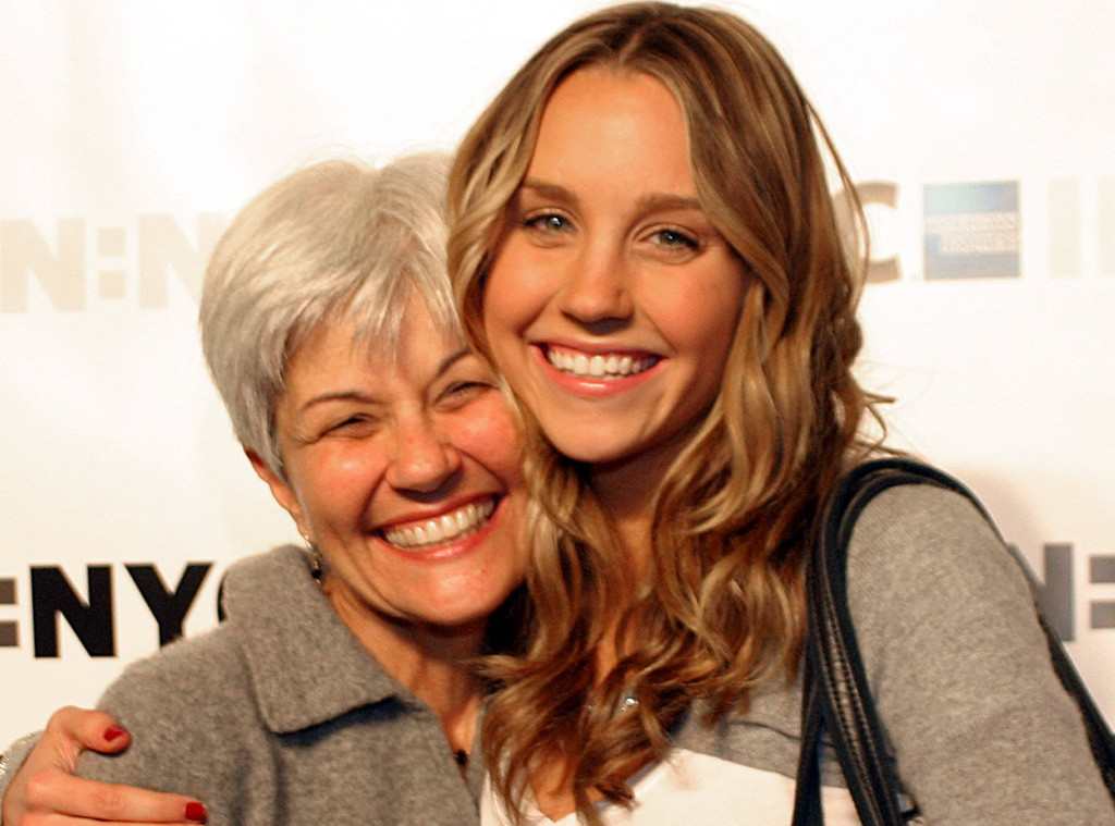 Amanda Bynes Father, Mother, Sister, Brother Photos