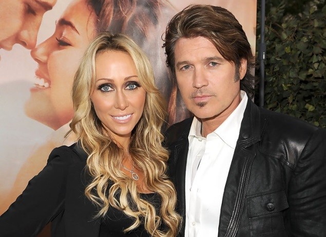 Billy Ray Cyrus Family Pictures Wife, Siblings, Height,