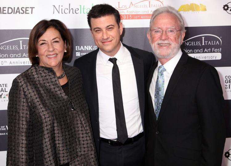 Jimmy Kimmel Family Pictures, Wife, Spouse, Kids,