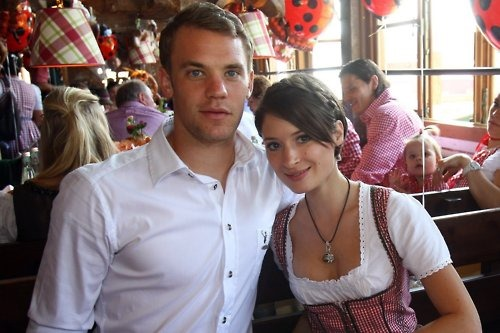 Manuel Neuer Family Picture, Wife, Bio,  Height, House