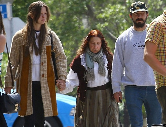 Shia Labeouf Family Pictures, Siblings, Wife, Weight, Age