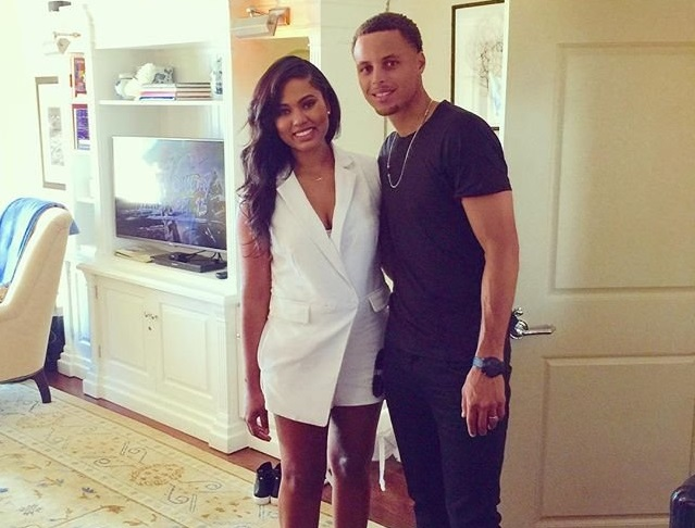 stephen-curry-family-wife-age-kids-house