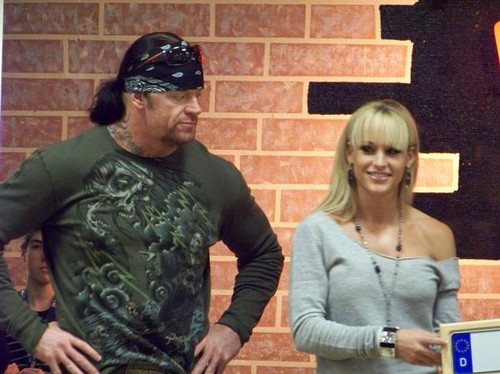 the-undertaker-wife-daughter-family-photos-age-height