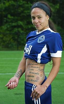 US Female Soccer Player With Tattoos Pictures,3