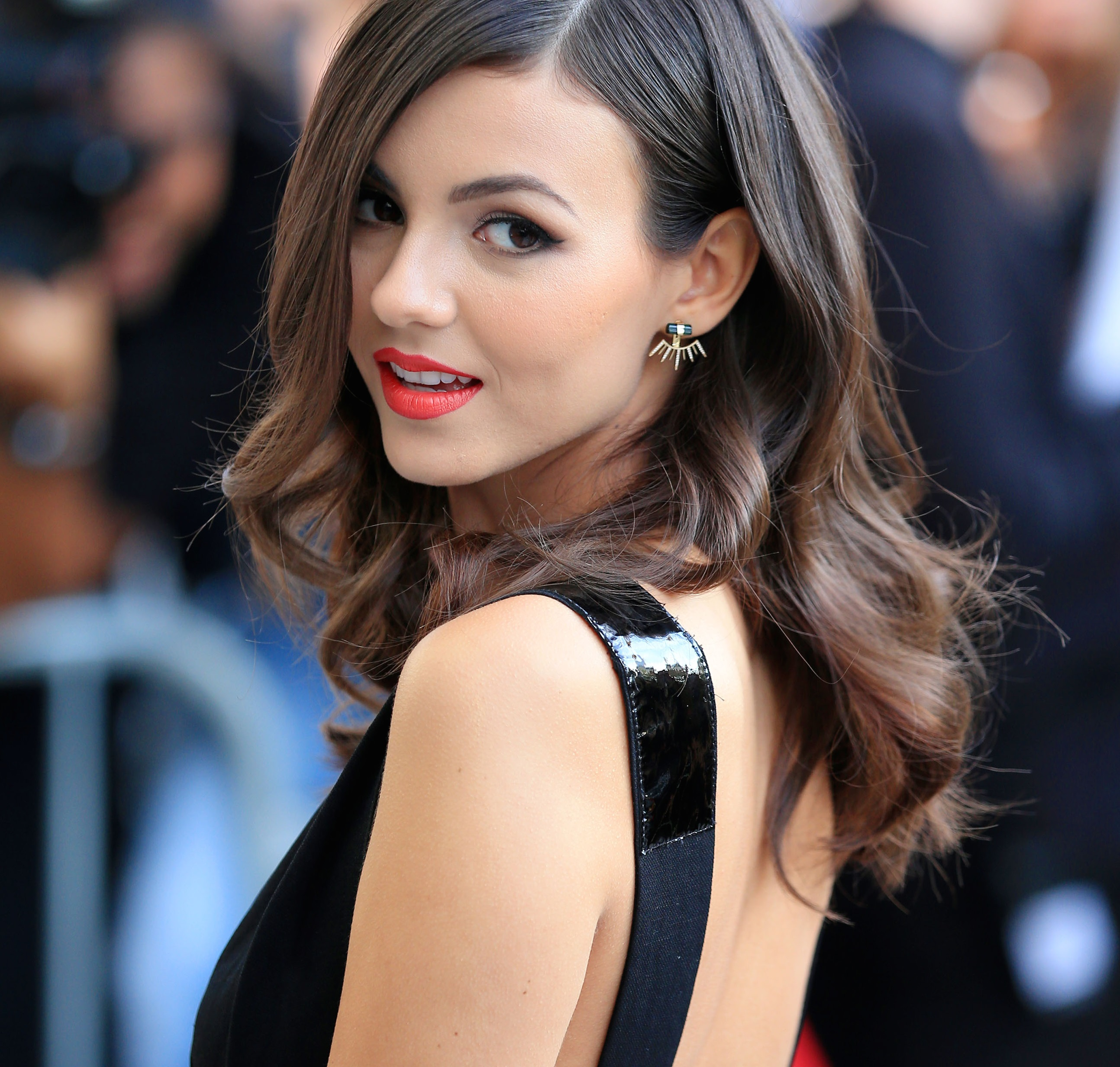 Victoria Justice Family Pictures, Parents, Age, Ethnicity
