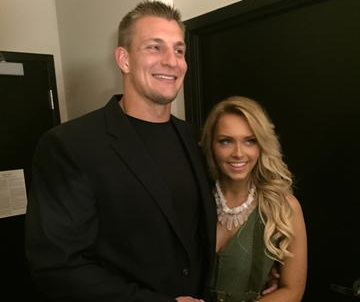 Rob Gronkowski Family Photos, Wife, Mom And Dad, Jersey