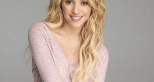 Shakira Family Photos, Husband, Children, Age, Height