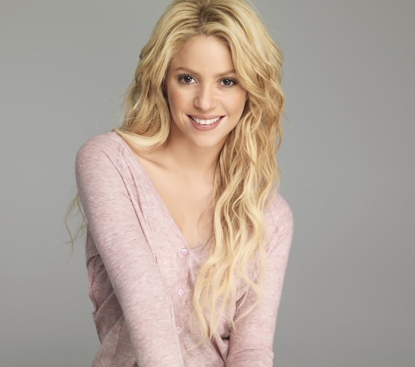 Shakira Family Photos, Husband, Children, Age, Height
