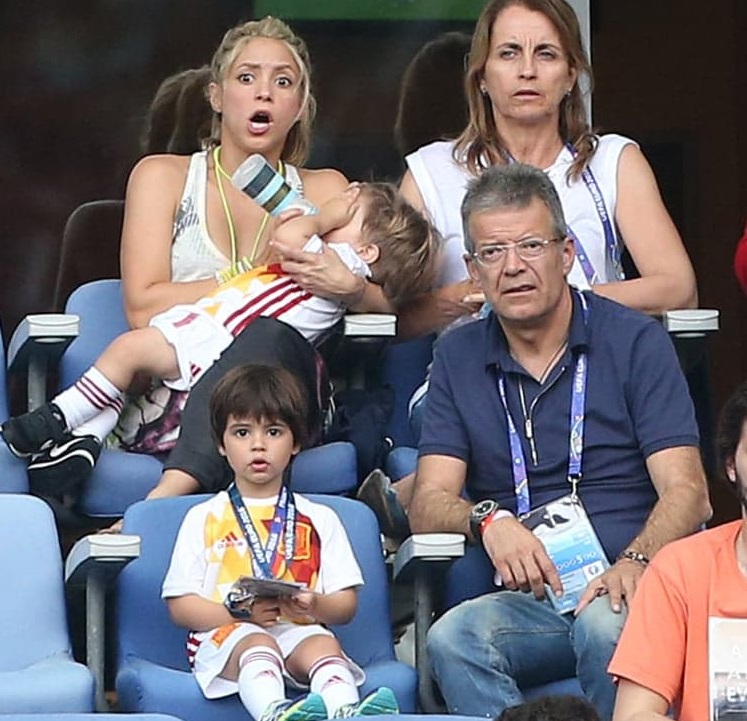Shakira Family Photos, Husband, Children, Height