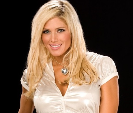 Torrie Wilson Family Photos, Husband, Daughter, Height, Weight, Age