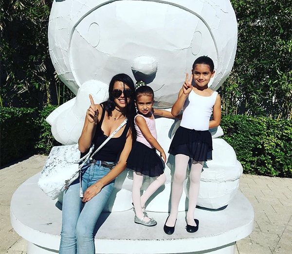 Adriana Lima Family Pictures,  Kids, Husband, Age, Height