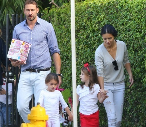 Adriana Lima Family Pictures, Parents, Kids, Husband, Height
