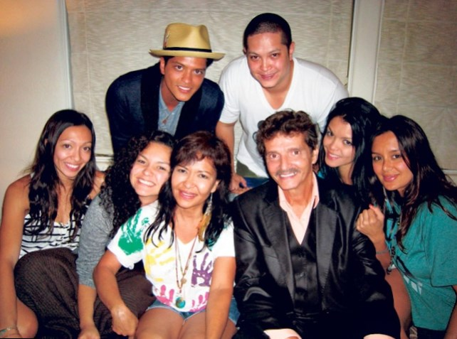Bruno Mars Family Photos, Siblings, Wife, Height