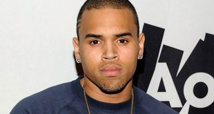 Chris Brown Family Pictures Girlfriend, Daughter, Siblings, Parents