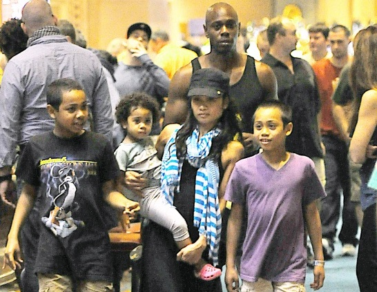 Dave Chappelle Family Pictures, Kids, Age, Net Worth