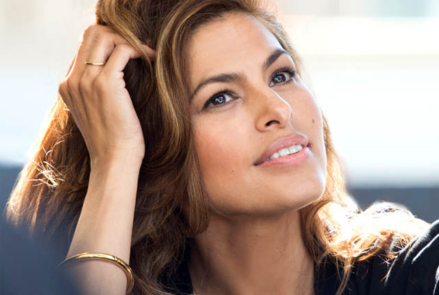 Eva Mendes Family Photos, Husband Name, Daughter, Age