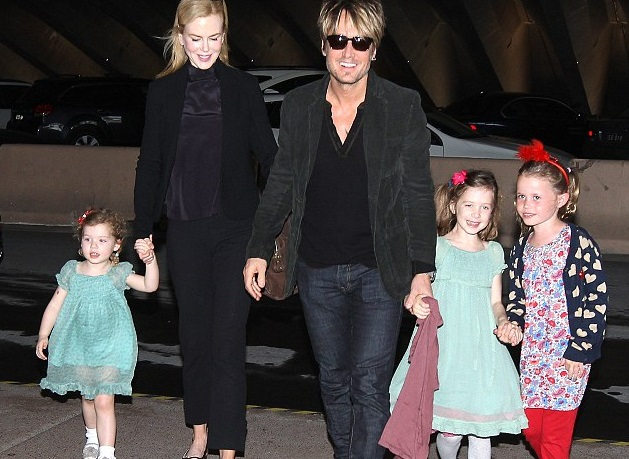 Keith Urban Family Photos, Wife, Daughters, Net Worth