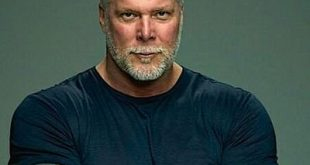 Kevin Nash Family Pictures, Spouse, Age, Son, Net Worth