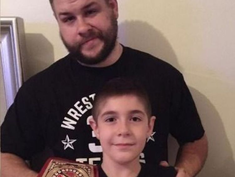 Kevin Owens Family Photos, Son, Height, Age, Real Name