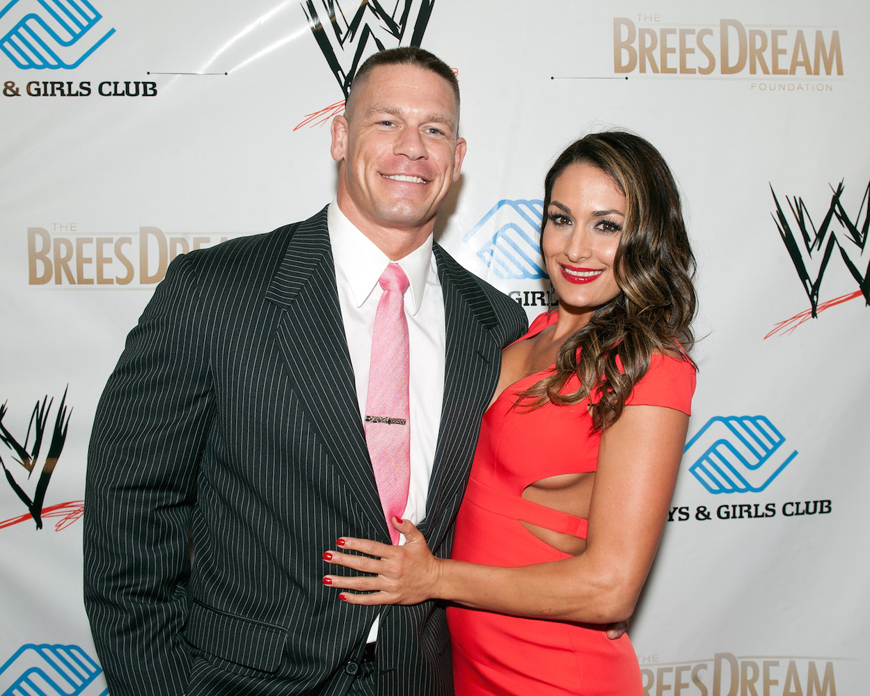 Nikki Bella Family Photos, Siblings, Sister, Husband, Age, Height