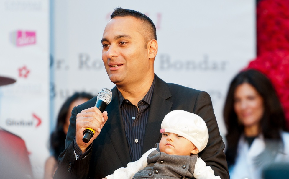 Russell Peters Family Pictures,  Daughter, Parents, Age