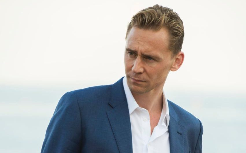 Tom Hiddleston Family Photos, Parents, Girlfriend, Age, Height