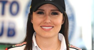 Ashley Force Hood Family Photos, Husband, Baby, Age, Height, Net Worth