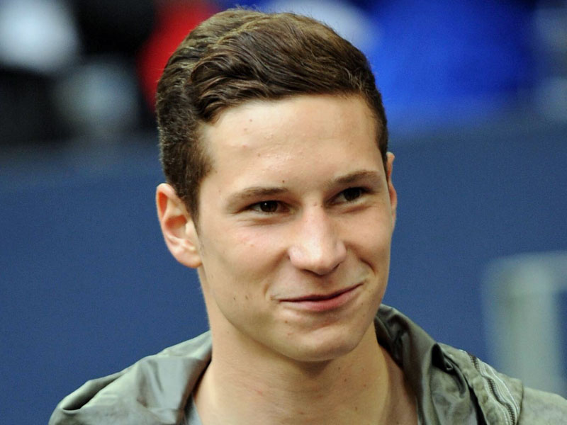 Julian Draxler Wife, Age, Height, Jersey, Net Worth