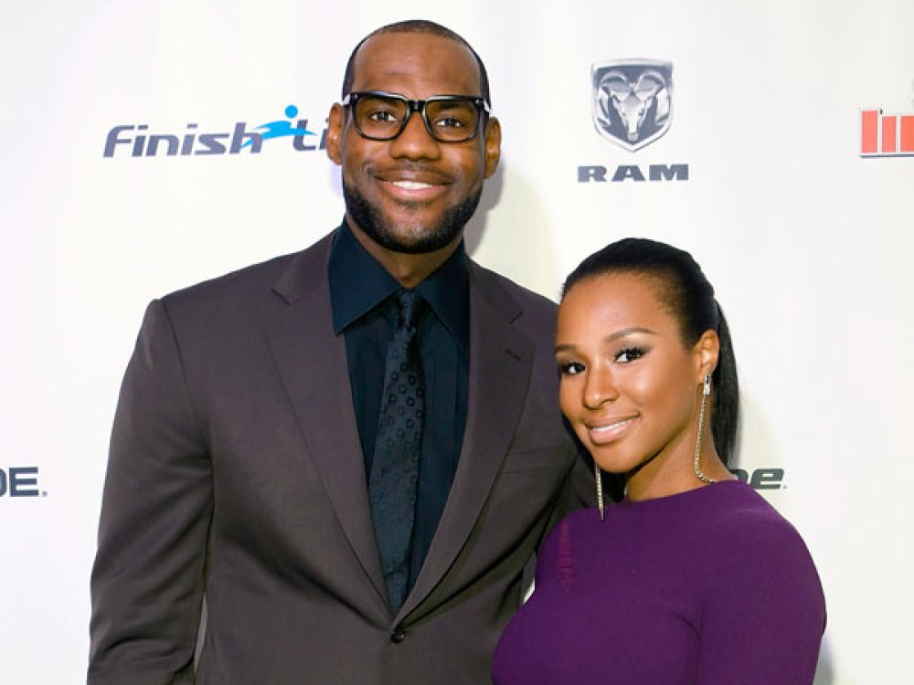 Lebron James Family Pictures, Wife, Son, Age, Height, Net Worth