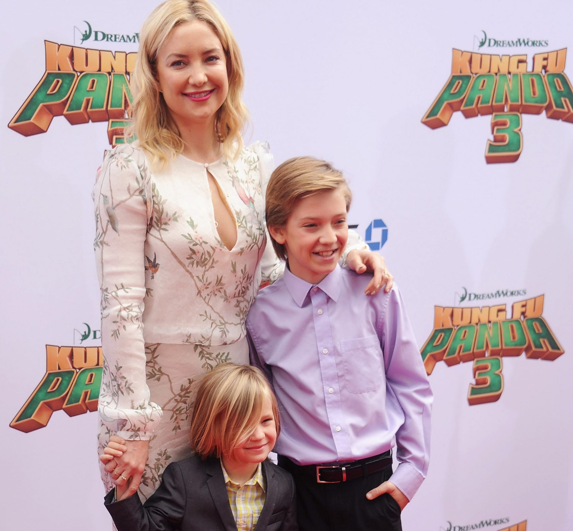 Kate Hudson Family Pics, Age, Son, Height
