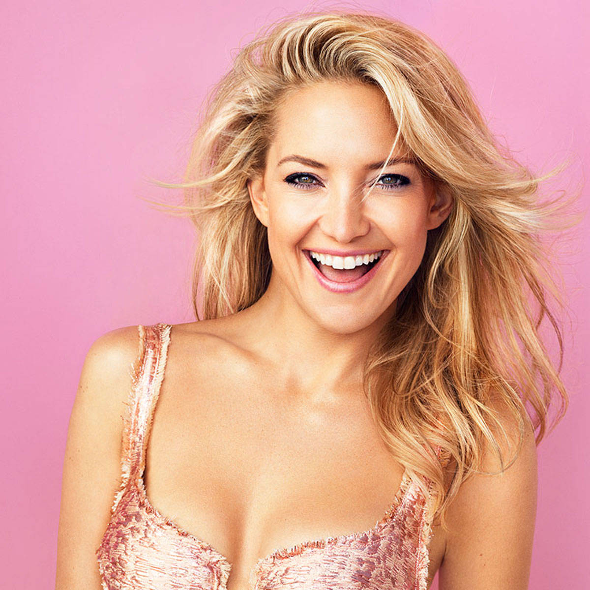 Kate Hudson Family Pics, Husband, Age, Son, Height