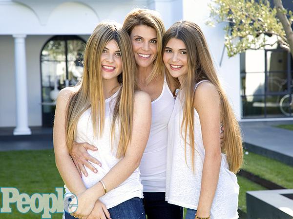 Lori Loughlin Family Photos, Kids, Age, Height