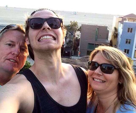 Luke Hemmings Family Photos, Parents, Age, Height