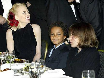 Nicole Kidman Family Photos, Daughters, Son, Age, Height