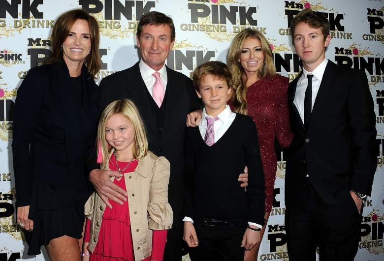 Paulina Gretzky Family Photos, Husband, Height