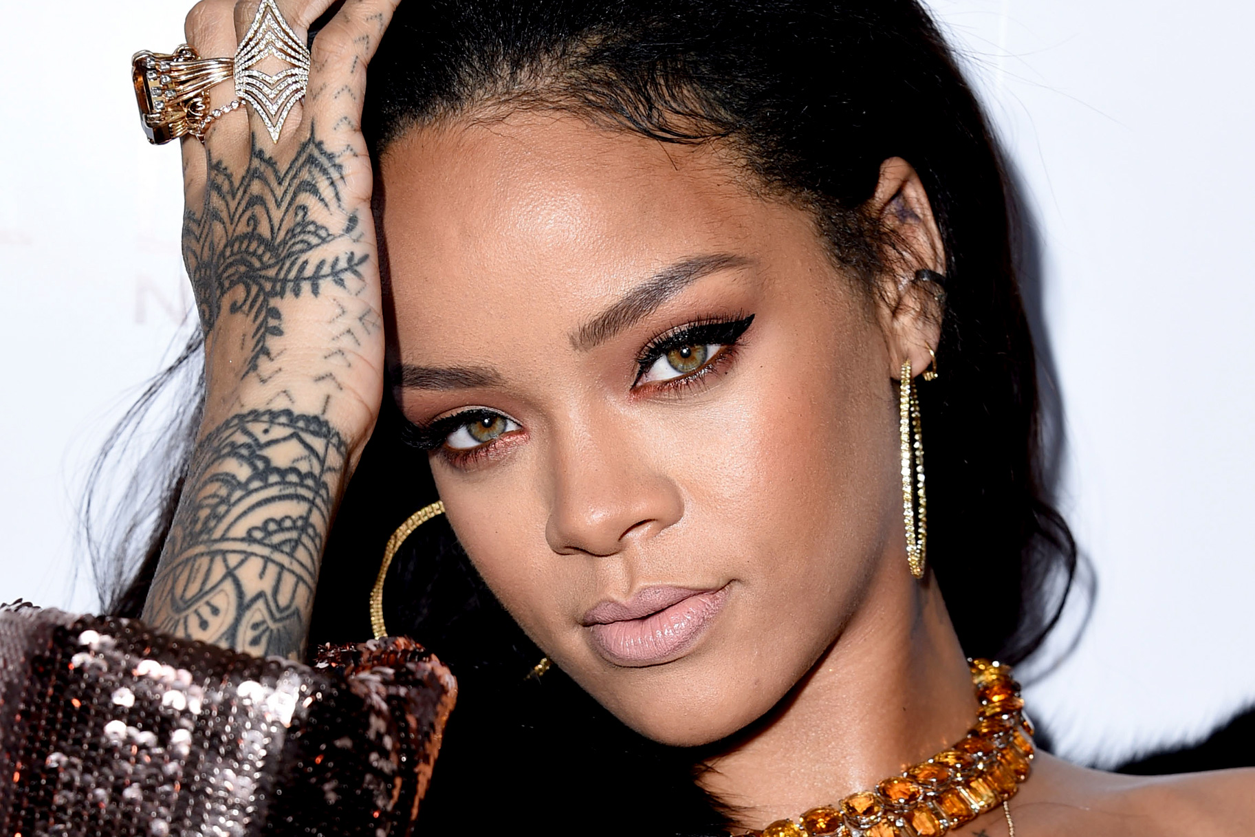 Rihanna Family Photos, Siblings, Parents, Age, Height, Husband