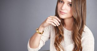 Alicia Vikander Family Photos, Husband, Age, Height, Mother, Father