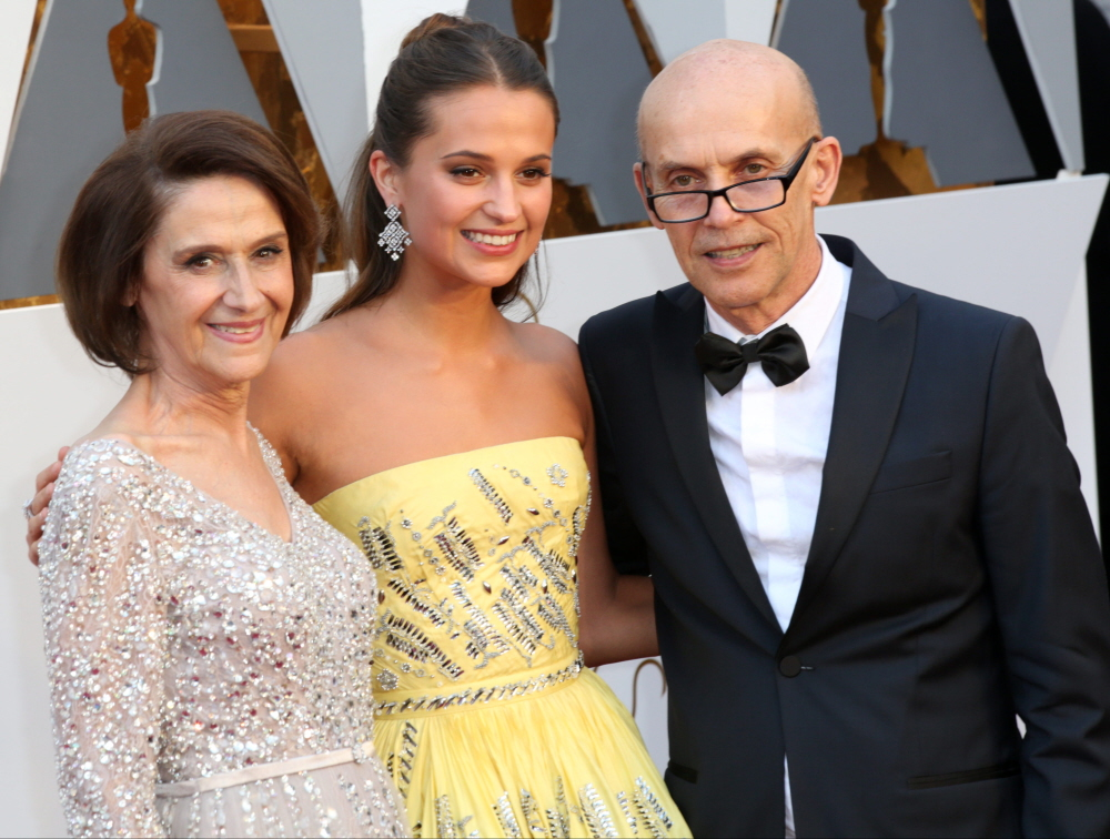 Alicia Vikander Family Photos, Husband, Age, Mother, Father