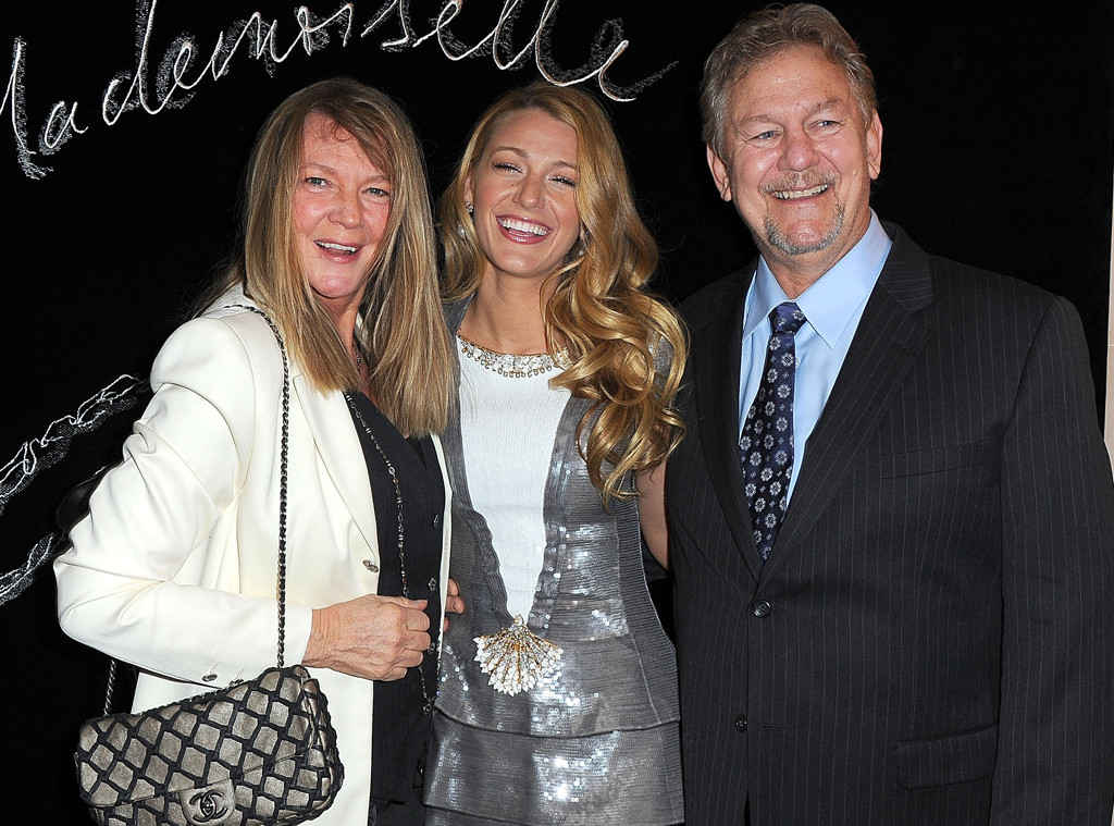 Blake Lively Family Photos, Husband, Children Names, Age