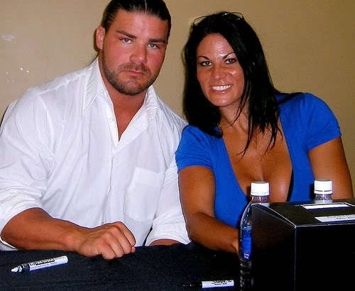 Bobby Roode Family Photos, Father, Wife, Age, Weight