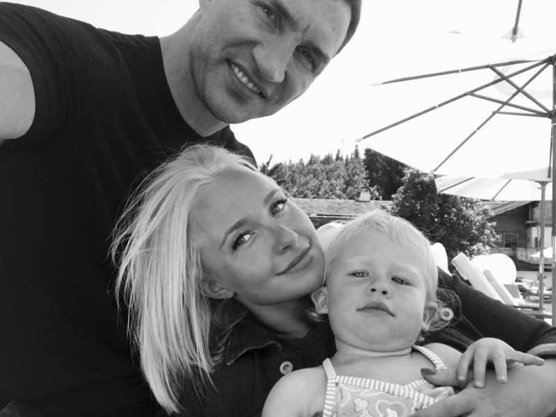 Hayden Panettiere Family Photos, Husband, Daughter, Height