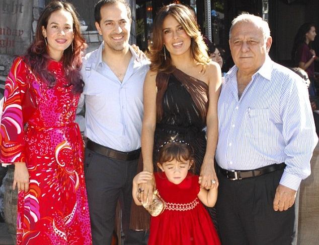 Salma Hayek Family Photos, Daughter, Age, Height