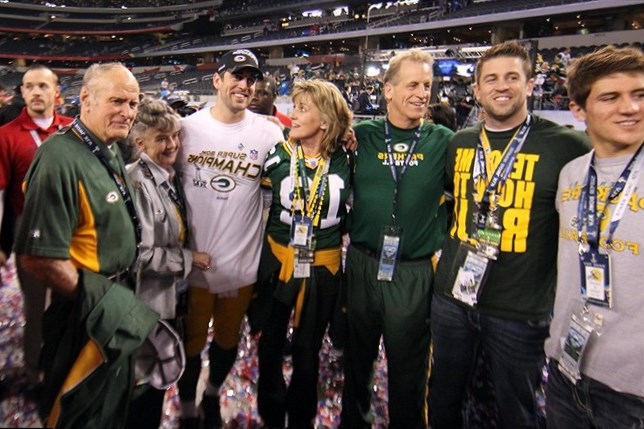 Aaron Rodgers Family Photos, Wife, Age, Net Worth