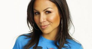 Anjelah Johnson Family Pictures, Husband Age, Height