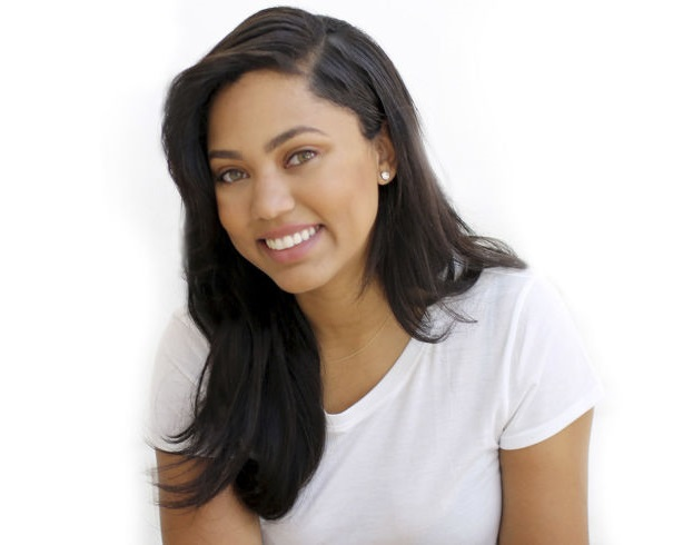 ayesha curry family pictures  husband  daughters  age  height