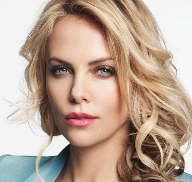 Charlize Theron Family Photos, Husband, Children, Age
