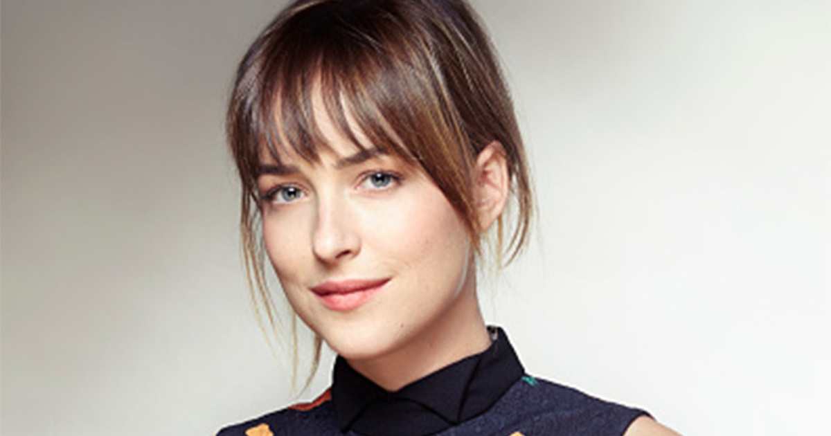 Dakota Johnson Family Pictures, Husband, Parents, Tattoos, Age