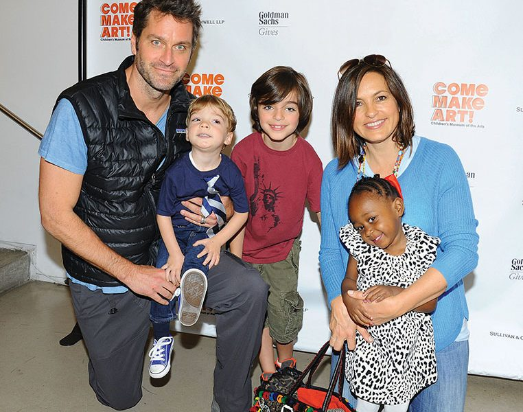 Mariska Hargitay Family Pictures, Husband, Kids, Father, Age, Height