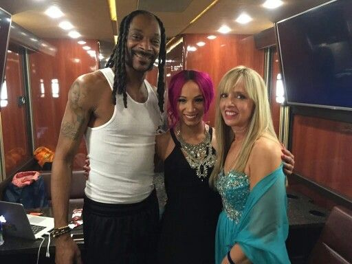 Sasha Banks Family Photo, Husband, Wedding, Real Name