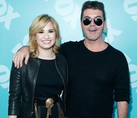 Demi Lovato Family Photos, Parents, Age, Boyfriend
